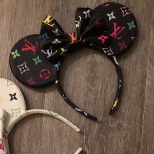 Lous Vuitton Monogram Minnie Mouse Ears